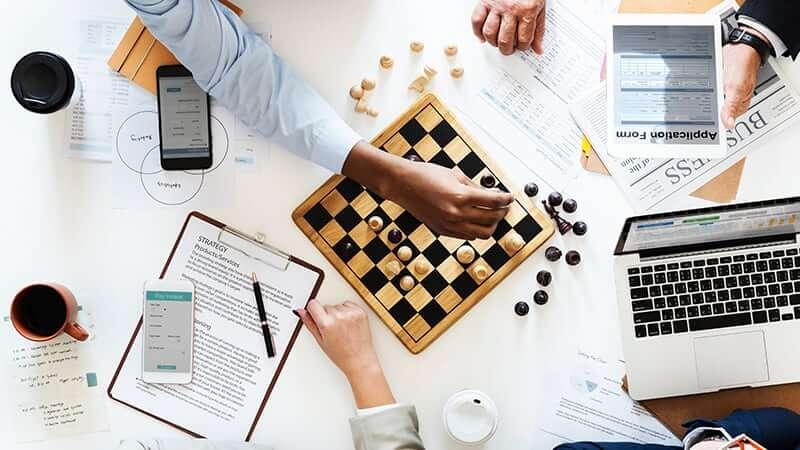 Inteligência Competitiva: conceito, benefícios, ferramentas e 3 exemplos práticos para se inspirar