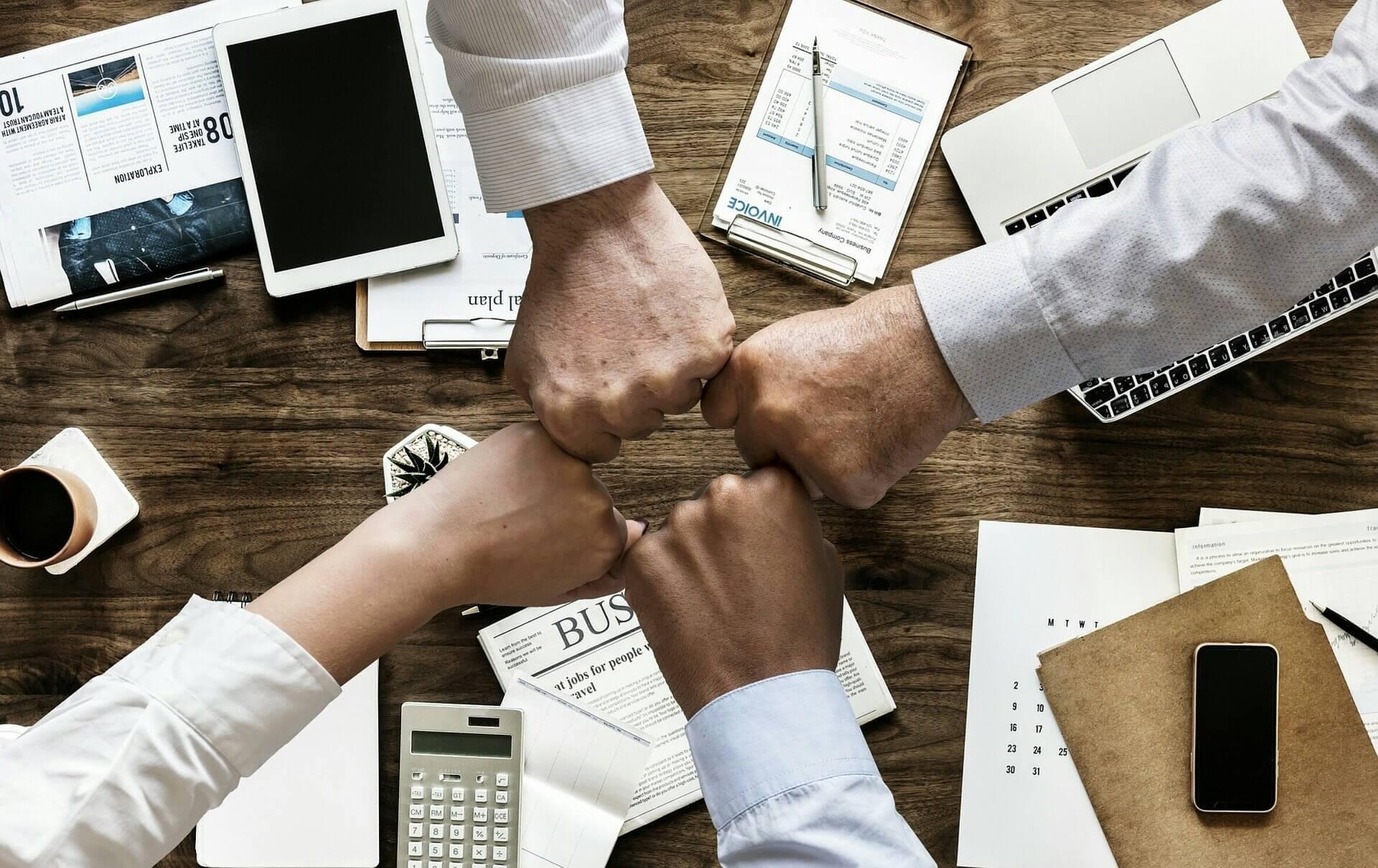 O que são ferramentas de colaboração? Saiba usá-las para organizar processos e entregar +!